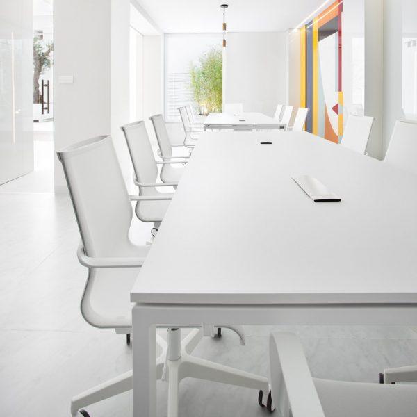 Meeting tables I.POP