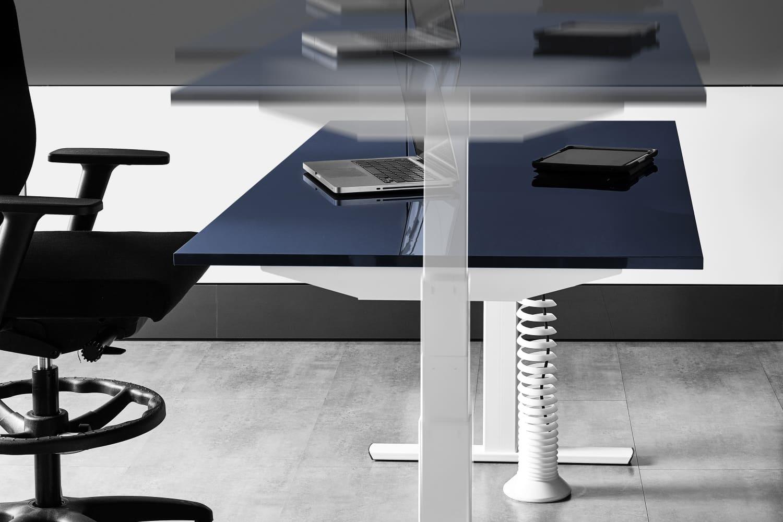 mesa-elevable-log-in-en-funcionamiento